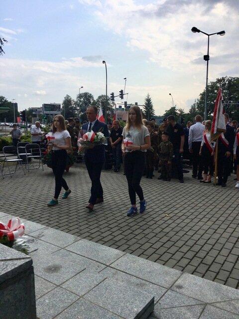 Oglądasz fotografię z artykułu: 'Chwała bohaterom' - 75 rocznica wybuchu Powstania Warszawskiego