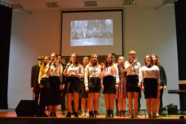 Oglądasz fotografię z artykułu: Święto patrona szkoły w Zespole Szkół Budowlanych