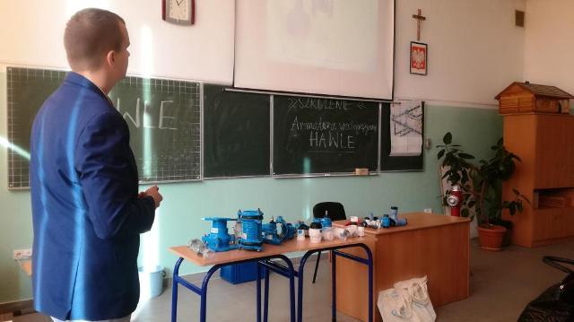 Oglądasz fotografię z artykułu: Technicy sanitarni uczestniczyli w niecodziennej lekcji