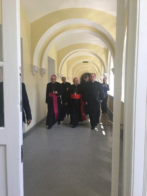 Oglądasz fotografię z artykułu:  Wolontariusze z Zespołu Szkół Budowlanych w Mielcu pełni duchowych przeżyć.