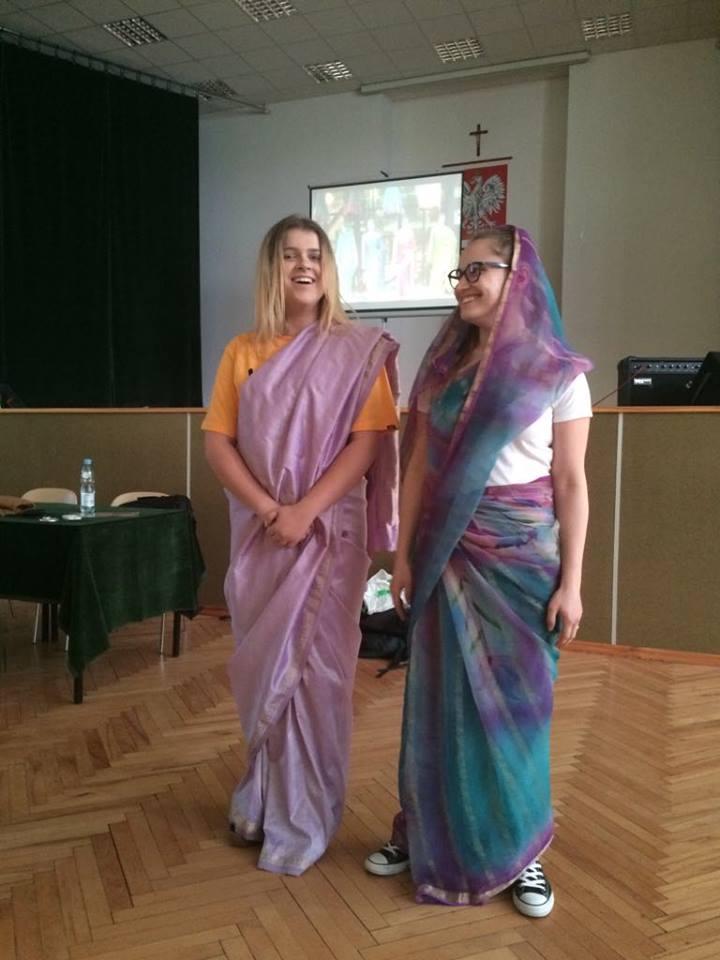 Oglądasz fotografię z artykułu:  Młodzież z Zespołu Szkół Budowlanych w wirtualnej podróży do Indii