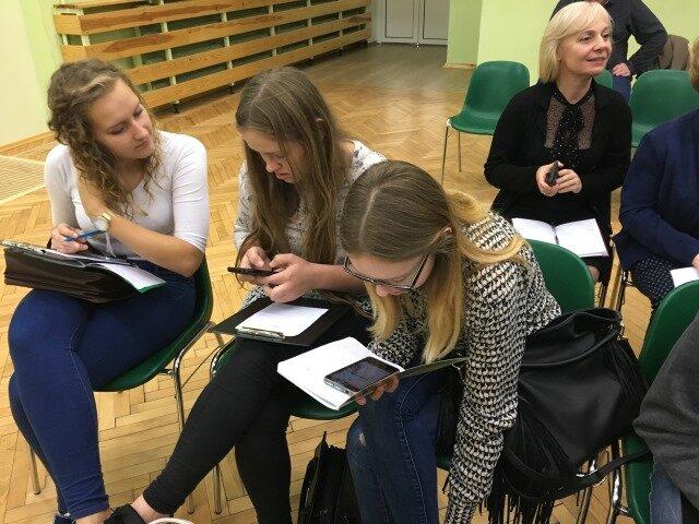Oglądasz fotografię z artykułu: Konferencja - Latająca Akademia Underground 'Limeryki o narodach'.