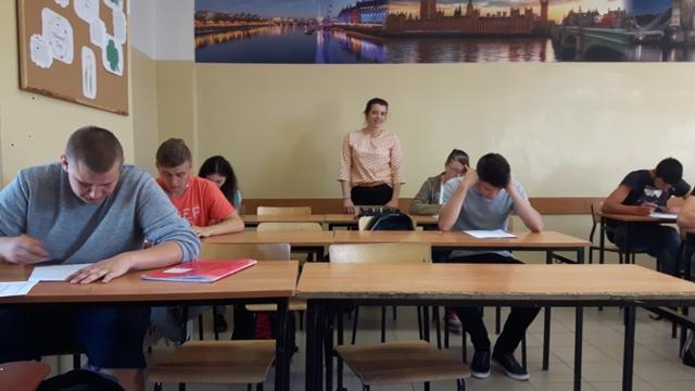 Oglądasz fotografię z artykułu: Konkurs Wiedzy 'Poznaj Prawo budowlane' Etap szkolny  - rozstrzygnięty!