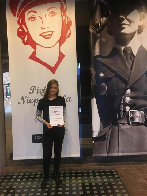 Oglądasz fotografię z artykułu: Sukces uczennic z Zespołu Szkół Budowlanych w Mielcu