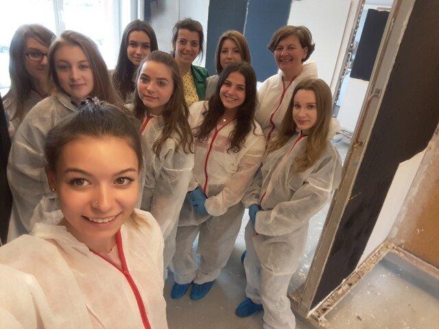 Oglądasz fotografię z artykułu: Nagroda od Firmy Tikkurila dla najlepszych uczniów Zespołu Szkół Budowlanych w Mielcu.