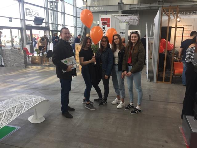 Oglądasz fotografię z artykułu: Uczniowie ZSB na Targach w Kielcach