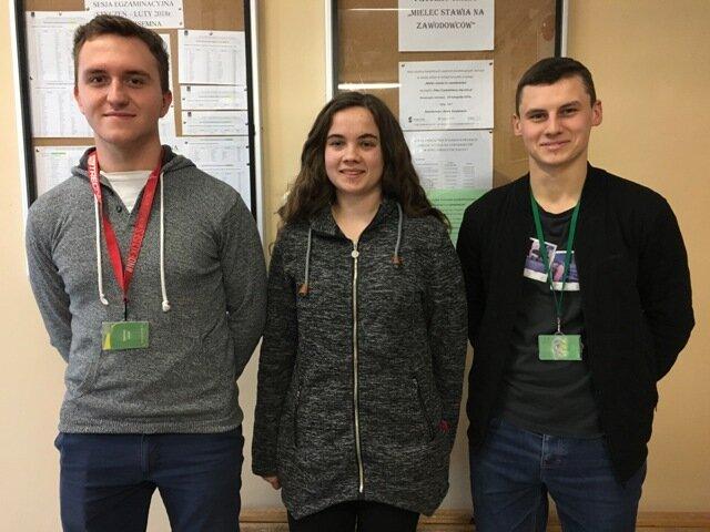 Oglądasz fotografię z artykułu: Zmagania uczniów z Zespołu Szkół Budowlanych w Olimpiadzie Wiedzy Geodezyjnej i Kartograficznej