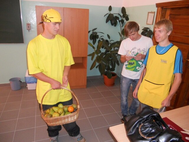 Oglądasz fotografię z artykułu: Dzień owoców w Zespole Szkół Budowlanych