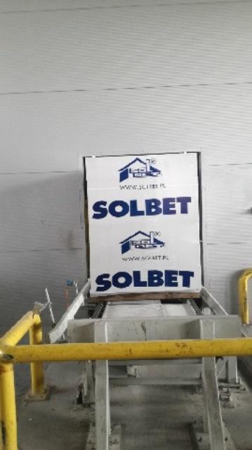 Oglądasz fotografię z artykułu: Wycieczka dydaktyczna do zakładu 'SOLBET'.