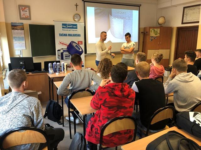 Oglądasz fotografię z artykułu: Szkolenie - firma Blue Dolphin Tapes