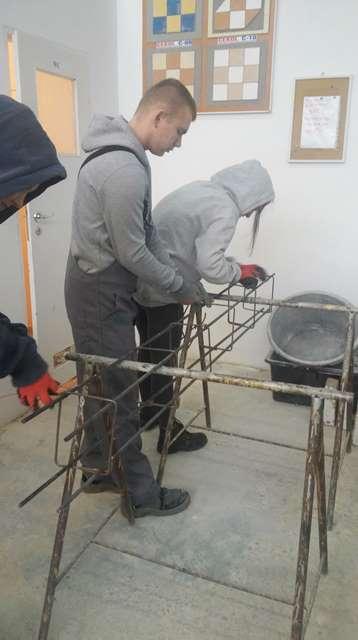 Oglądasz fotografię z artykułu: Zajęcia w pracowni budowlanej