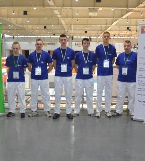 Oglądasz fotografię z artykułu: Zespól Szkół Budowlanych w Mielcu najlepszą szkołą budowlaną w Polsce